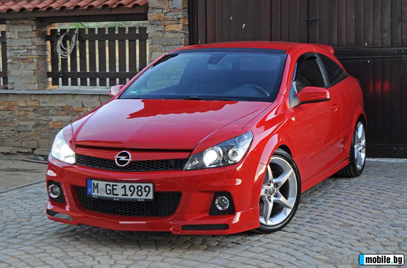 Вижте всички снимки за Opel Astra GTC 2.0 Turbo Sport 200PS*Performance*Bi-Xenon