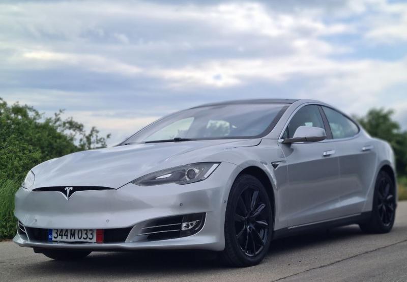 Tesla Model S S85 Европейска