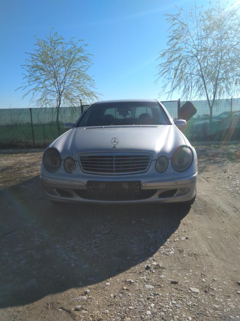 Mercedes-Benz E 270 270, 320CDI