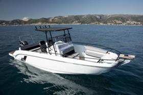 Моторна яхта Beneteau Flyer 8 Space Deck