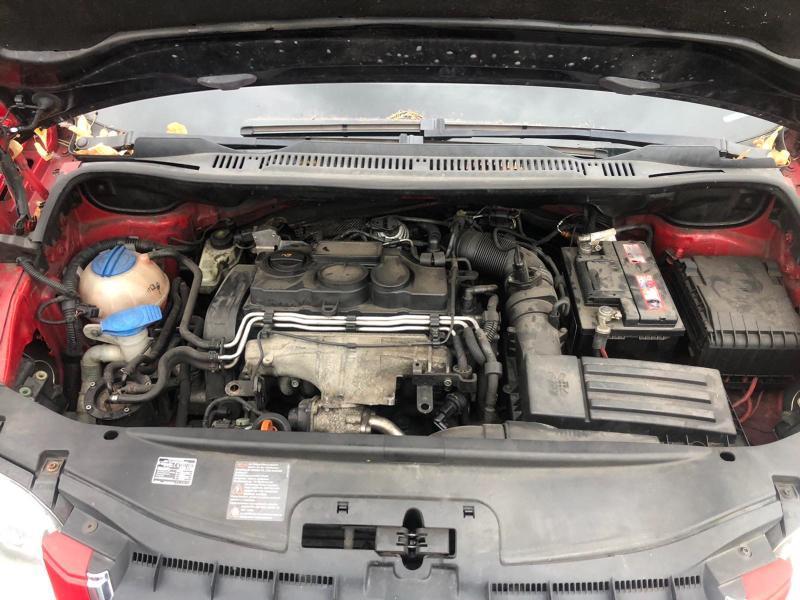 VW Touran 2,0 170коня Авто На части, снимка 5