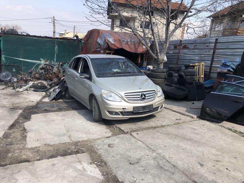 Mercedes-Benz B 180 1.8 cdi на части