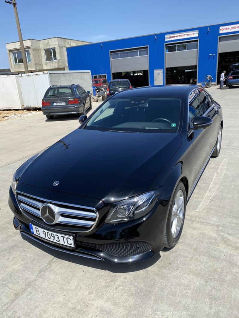 Mercedes-Benz E 220 4 MATIC, снимка 3