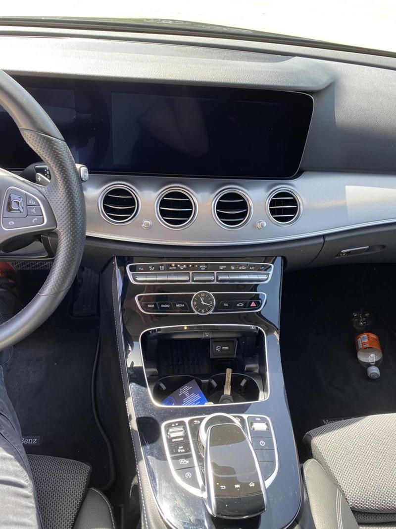 Mercedes-Benz E 220 4 MATIC, снимка 7